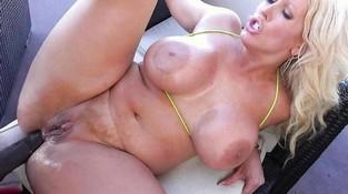 Порно ролики анал большие сиськи