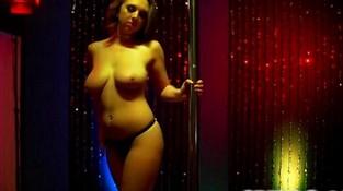 Порно секс со стриптизершей, барчук и девки видео