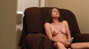 Домашний секс с вибратором